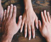 Więzi społeczne skutecznie chronią przed depresją – badania